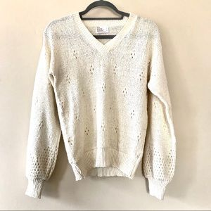 Vintage Oatmeal Pointelle Puffed V-Neck Sweater